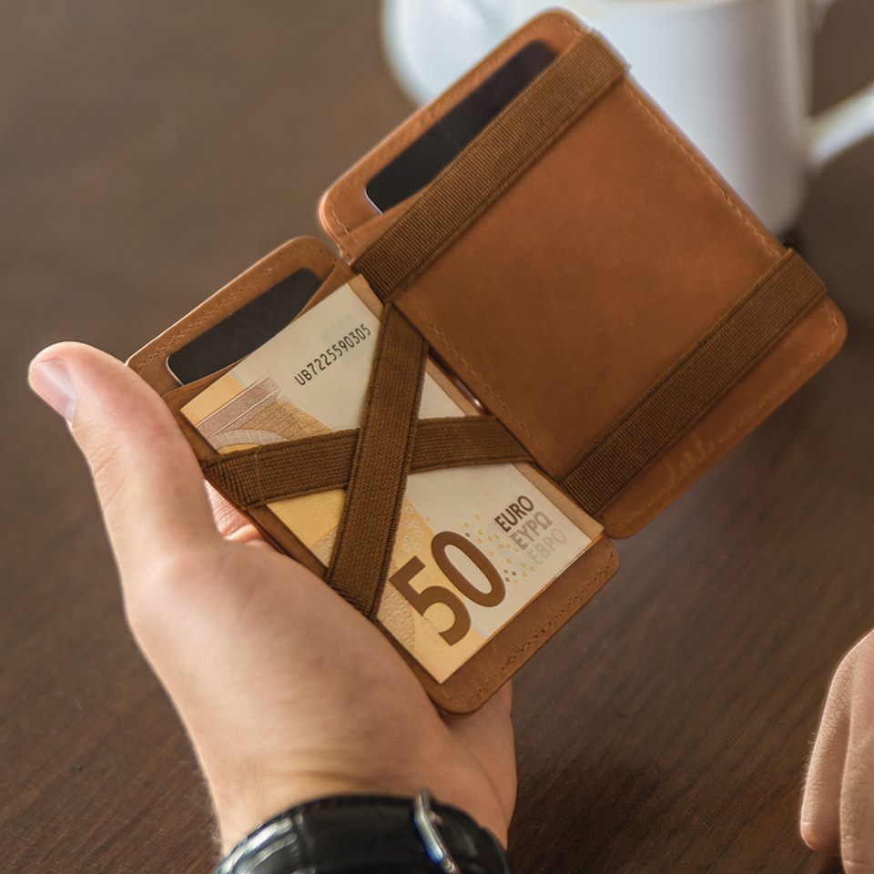 Hunterson Magic Wallet
